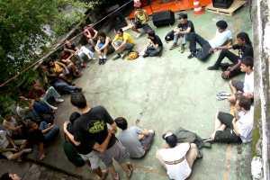 Escola Autonoma de Feriado - discussão